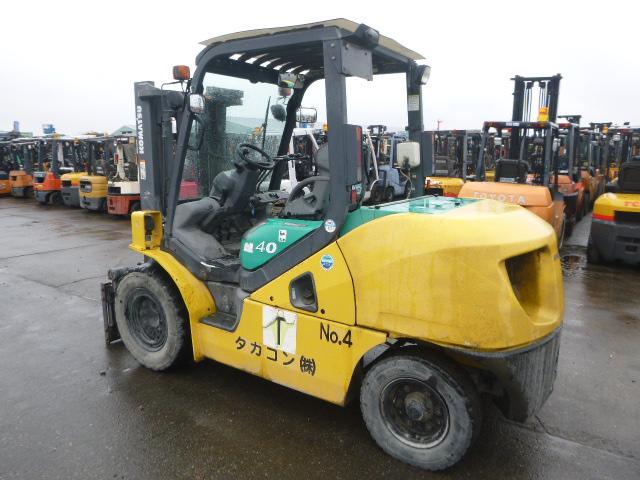 Giới thiệu dòng xe nâng Komatsu 5 tấn đã qua sử dụng